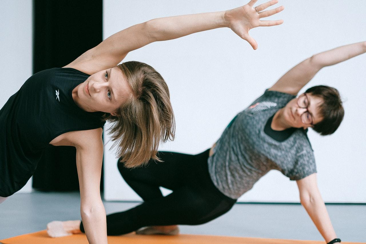 Dehnübungen für Einsteiger: So werden Sie flexibel